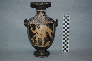 Front view: Red-figure hydria with Eros.