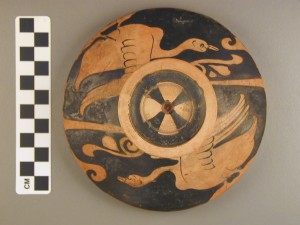 Top view: red-figure lekanis lid.